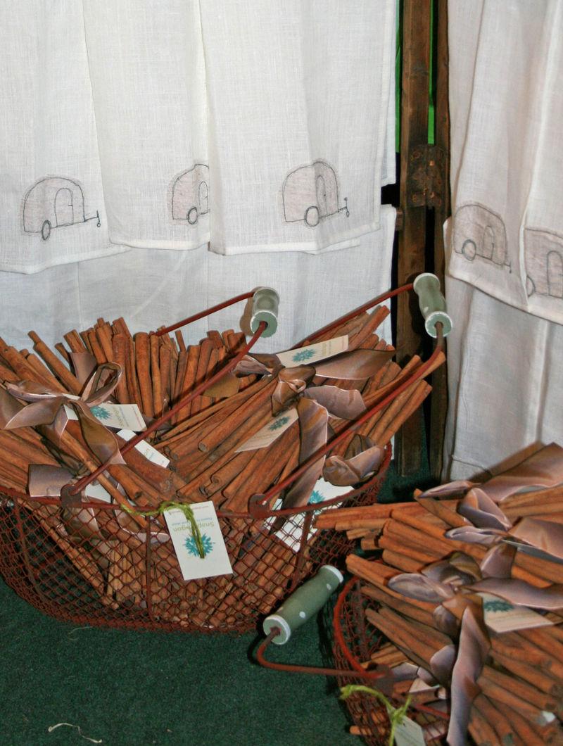 Caravan tea towels