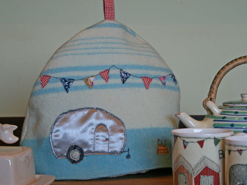 Flier tea cosy