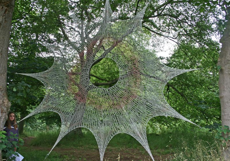 Knitted net