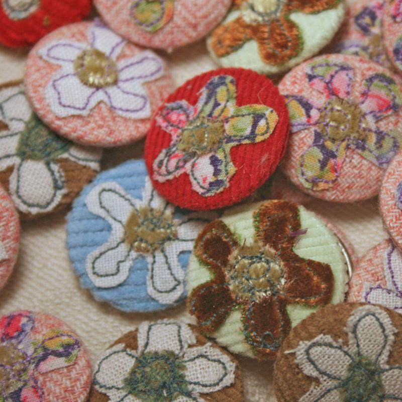 Button badge flower
