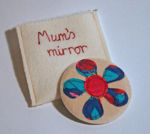 Mum's-mirror