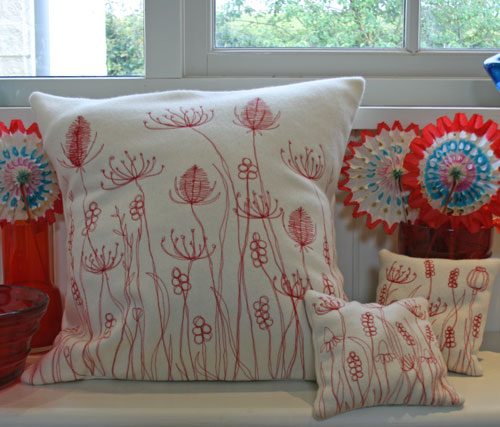 Red-cushions-3
