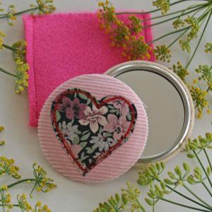 Mirror-heart-square