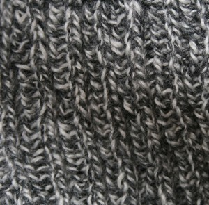 Knitting_closeup_2