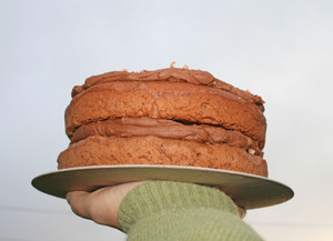 Cake_in_air